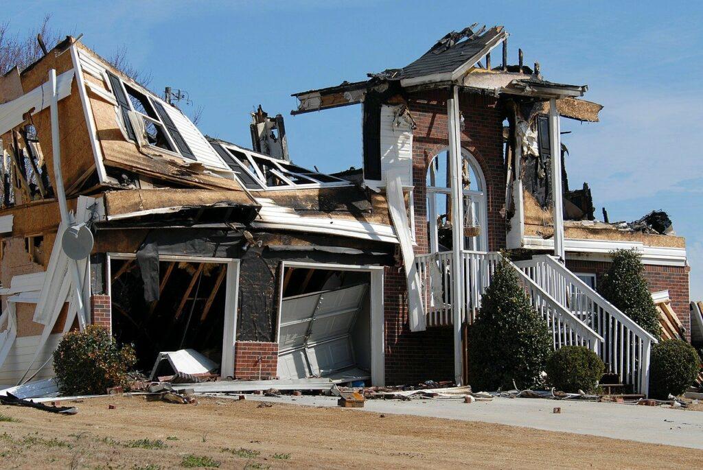 resiko rumah terbakar
